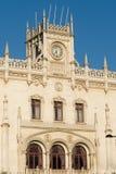 Lissabon, die Bahnhofsfassade Rossio Lizenzfreie Stockbilder