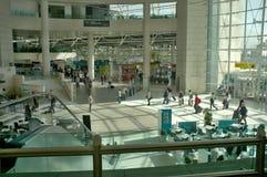 Lissabon flygplats - terminal 1 fotografering för bildbyråer