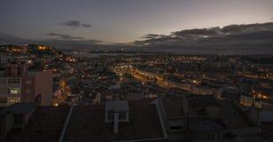 Lissabon-Panorama nachts Lizenzfreie Stockbilder