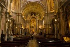 Lissabon Portugal; allmän sikt inom av kyrkan för Santo Antà ³nio Fotografering för Bildbyråer