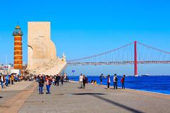 Lissabon, Portugal-Fluss der Tajo und Brücke Lizenzfreie Stockbilder