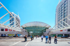 LISSABON PORTUGAL - JUNI 30, 2016: Vasco da Gama Shopping Center Royaltyfria Bilder