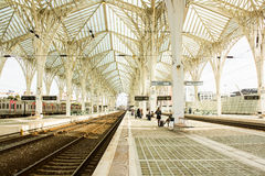 Lissabon Portugal: Oriente (östlig) järnvägsstation Arkivbild