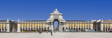 Lissabon Portugal - Praca gör Comercio aka Terreirro gör Paco Square royaltyfri bild