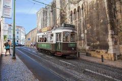 LISSABON, PORTUGAL - SEPTEMBER 14 2017 Uitstekende tram in CIT Royalty-vrije Stock Foto