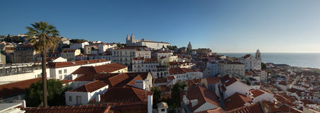 Lissabon - sikt från Alfama Royaltyfri Foto