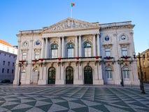 Lissabon stadshus/Camara Municipal, Lissabon, Portugal Panna ner till gatan arkivfoton