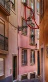 Lissabon/Straten van Lissabon/het schilderen afschilderend overweldigende gebouwen en architectuur in Lissabon Royalty-vrije Stock Afbeeldingen
