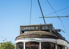 Lissabon, Tram 28 Lizenzfreie Stockfotografie