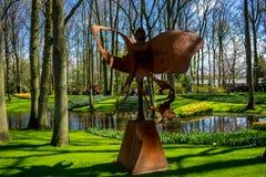 Lisse Nederländerna - April 17: Keukenhoffen Tulip Gardens på Fotografering för Bildbyråer