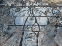 List-central patronvinter och monumentet royaltyfri fotografi