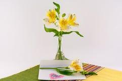 List i kwiaty Zdjęcie Stock