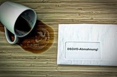 List w z niemiec Achtung DSGVO-Abmahnung w angielskim uwagi DSGVO GDPR ostrzeżeniu Fotografia Stock