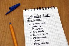 Lista de compras de verduras Fotos de archivo libres de regalías
