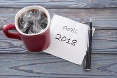lista de 2018 objetivos do ano em um guardanapo Fotos de Stock Royalty Free