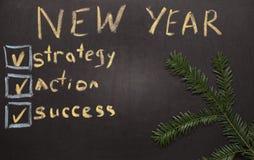 Lista de verificación de la resolución del Año Nuevo en la pizarra Fotos de archivo libres de regalías