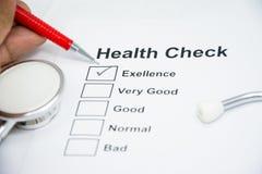 Lista de verificación del announ de la salud de persona Imágenes de archivo libres de regalías