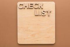 Lista de verificación, tablero de madera, espacio de la copia Foto de archivo libre de regalías