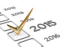 Lista di controllo del nuovo anno con il controllo dell'oro su bianco Fotografia Stock Libera da Diritti