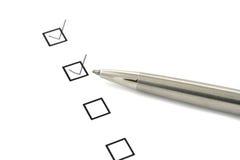 Lista di controllo e penna Immagini Stock Libere da Diritti