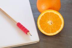 Lista zakupów z Zdrowymi owoc Zdjęcie Stock
