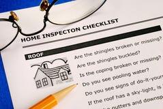 Liste de contrôle d'inspection de maison d'immeubles Photographie stock
