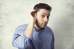 Человек listering Стоковая Фотография RF
