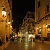 Liston på natten, Corfu stad Arkivfoton