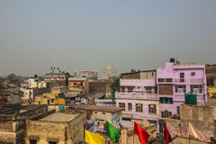 Listopad 02, 2014: Taj Mahal w odległości w Agra, India Zdjęcie Royalty Free