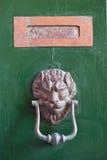 Listowy pudełko i drzwiowy knocker Obrazy Royalty Free