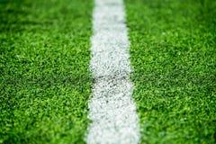 Listra branca no campo de futebol Fotografia de Stock Royalty Free