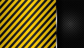 Listras amarelas e pretas no metal perfurado preto do fundo ilustração stock