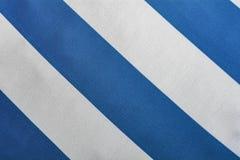 Listras diagonais azuis e brancas foto de stock royalty free