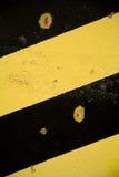 Listras diagonais pretas e amarelas Imagem de Stock Royalty Free