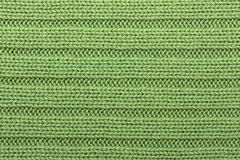 Listras horizontais de confecção de malhas verdes do fundo imagens de stock royalty free