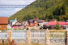 Listvyanka osadniczy Jeziorny Baikal, Rosja Zdjęcia Royalty Free