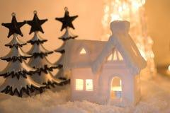 Lit dall'indicatore luminoso della candela Fotografia Stock