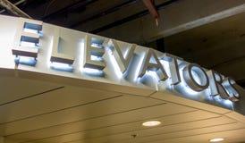 Lit-de brieven van het liftaluminium Royalty-vrije Stock Afbeelding