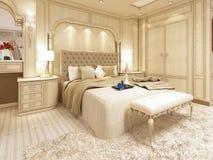 Lit de luxe dans une grande chambre à coucher néoclassique avec le créneau décoratif illustration stock