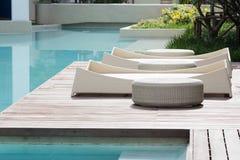 Lit de piscine Image libre de droits