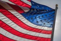 Lit der amerikanischen Flagge von hinten Lizenzfreie Stockfotografie