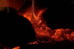 Lit des charbons Photos libres de droits