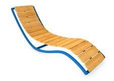 Lit pliant ou canapé en bois de Sun d'isolement sur le fond blanc Photos stock
