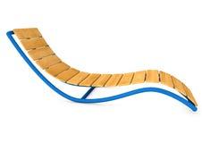 Lit pliant ou canapé en bois de Sun sur le fond blanc Photo stock