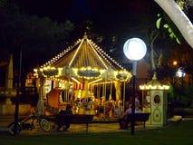 Lit upp karusellen på stadfyrkanten - Cascais, Portugal Royaltyfria Foton