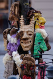 2017-02-25 Litauen, Vilnius, Shrovetide, Maske für Karneval, Februar-Karneval, Grün, graue Maskenübelmaske Stockfoto