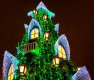 Litauischer Weihnachtsbaum am Vilnius-Kathedralen-Quadrat Stockfoto