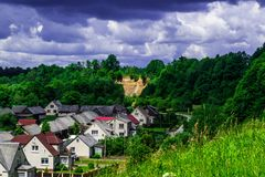 Litauisches Dorf stockbilder
