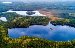 Litauiska sjöar från över royaltyfri bild
