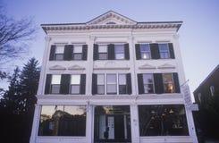 Litchfield的, CT历史美国邮局 S 邮局, Litchfield, CT 库存图片